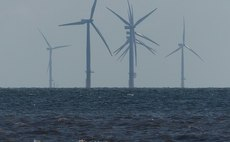 One of the projects will seek to harness offshore wind power in Grimsby to produce hydrogen | Credit: Mat Fascione / Lincs Offshore Wind Farm / CC BY-SA 2.0