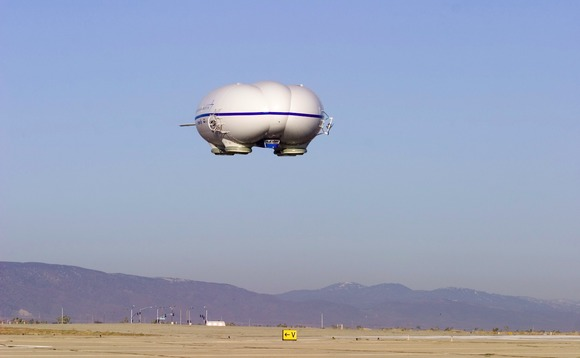 The airship has the same cargo capacity as a Boeing 737