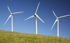 UK leads Europe on new wind power as global turbine market enjoys boom