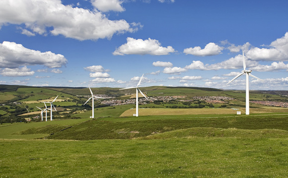 UK wind power generation overtakes coal for first time in 2016