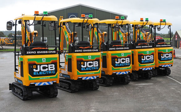 JCB powers up first order for electric diggers