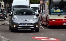 Uber to trial fleet of 20 electric Nissan Leaf cars in London