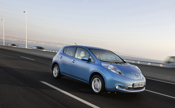 Nissan drops price for 'no frills' LEAF to $28,800