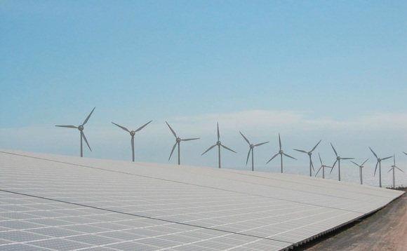 US renewables make up over 13 per cent of power mix during 2015
