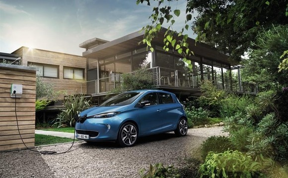 New Renault ZOE aims to beat 'range anxiety' with 250-mile driving range