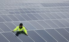 Clean energy investment drops 15 per cent at start of 2015