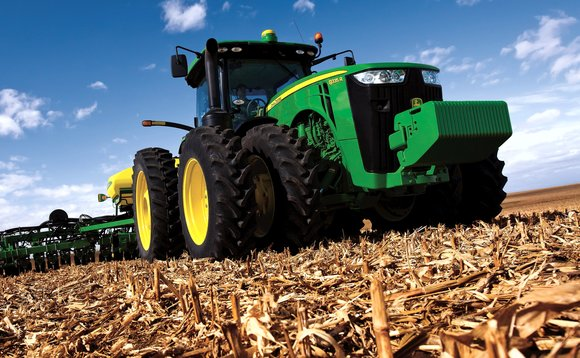 Farmers lacking state support for low carbon transition, campaigners argue | Credit: John Deere