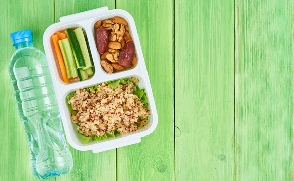 Vegan lunches should be standard in schools and hospitals, new CCC report argues | Credit: Nata Bene