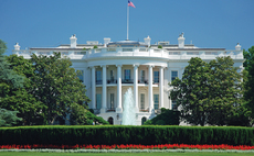 White House promotes green power in solar summit