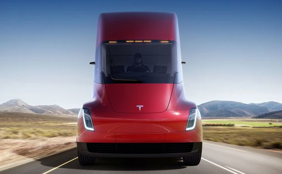 The Tesla Semi can do 500 miles on a single charge | Credit: Tesla