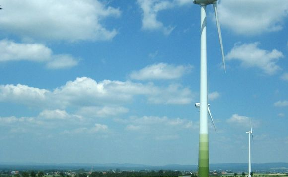 AT&T dials up giant wind power deal