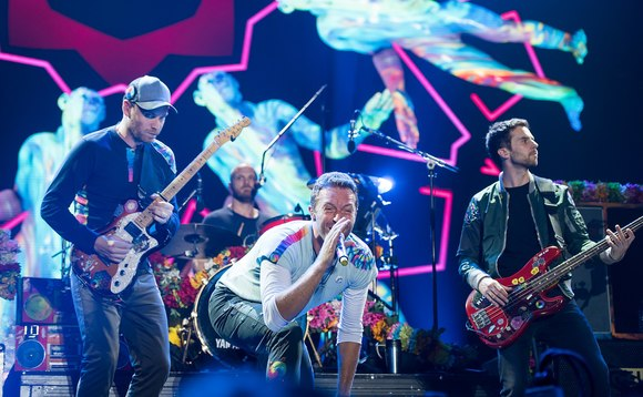 Coldplay performing in Hamburg in 2017 | Credit: Frank Schwichtenberg