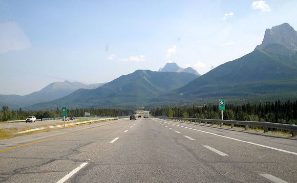 Trans-Canada highway (photo: Diderot)