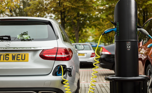 Rapid EV chargers to get 'pay as you go' treatment